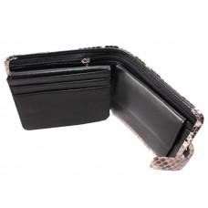 The wallet is made of Python skin (U-PT 96-1 Natural)